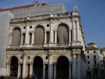 Vicenza Plaza renovation